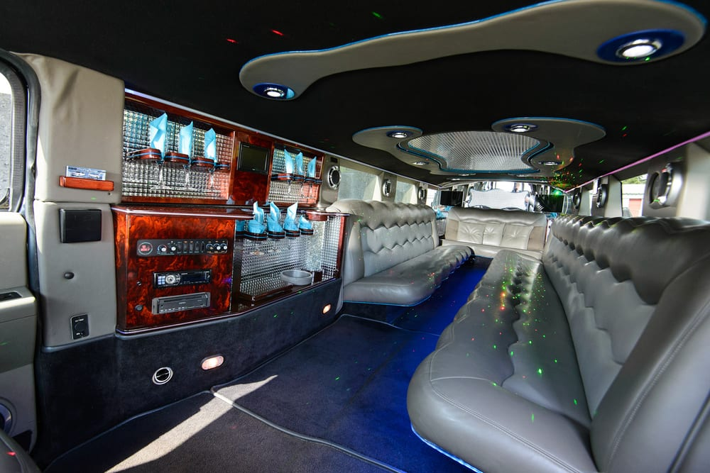 glass in back of limo hire melbourne