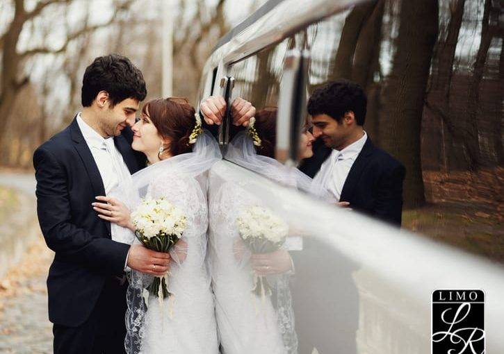 How Far in Advance should I book the Wedding Limo.