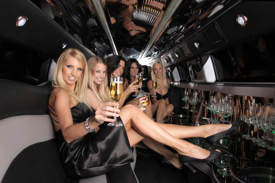 Black Hummer Limo Hire page image 625 x 376